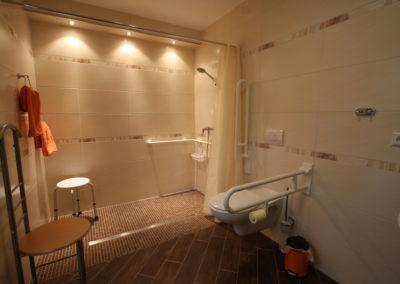 Barrierefreie Ferienwohnung rollstuhlgerechte Dusche